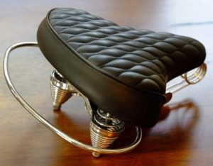 VELO-SD-Saddle-Black-Classic-Style-Seat-with-Chrome-Rail-Handle-bar-for-Beach-Cruiser-Bikes-Twin-Spring-suspenion